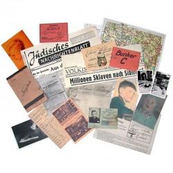 """quelques uns des documents réunis pour le livre d'artiste de Christian Boltanski """"La maison manquante"""""""