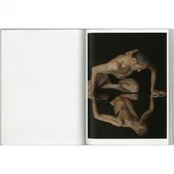 """intérieur de l'ouvrage """"Nicole Tran Ba Vang, Photographe"""""""