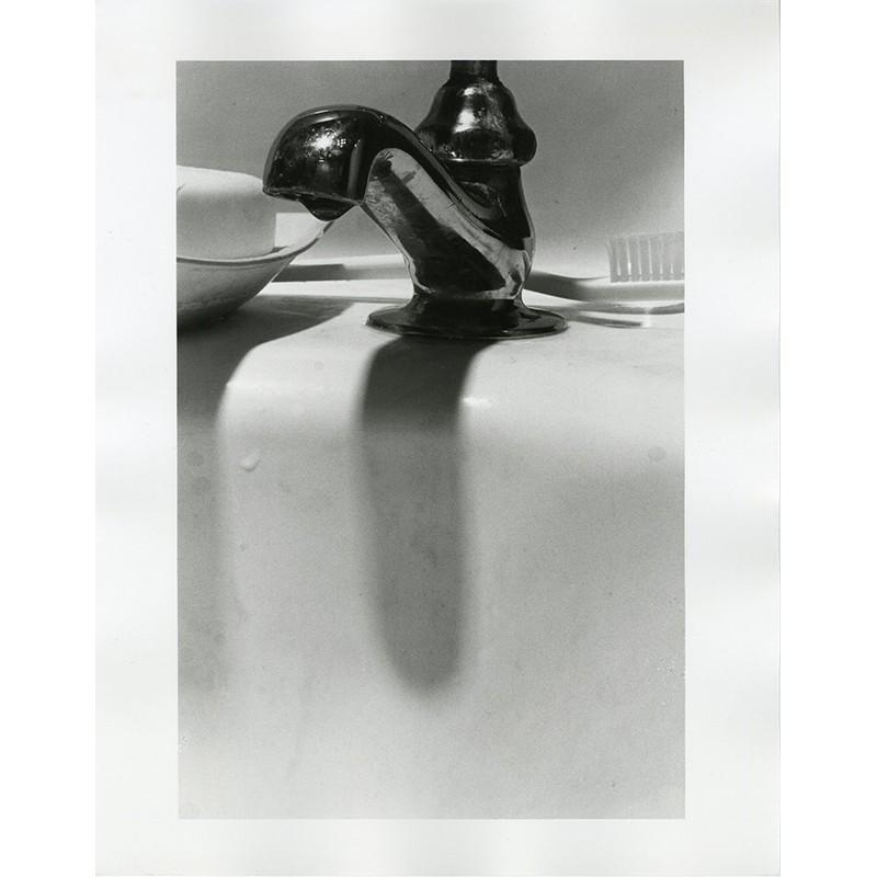 Tirage argentique de Louis Stettner, Faucet (from Silver creek) , 1981–1982