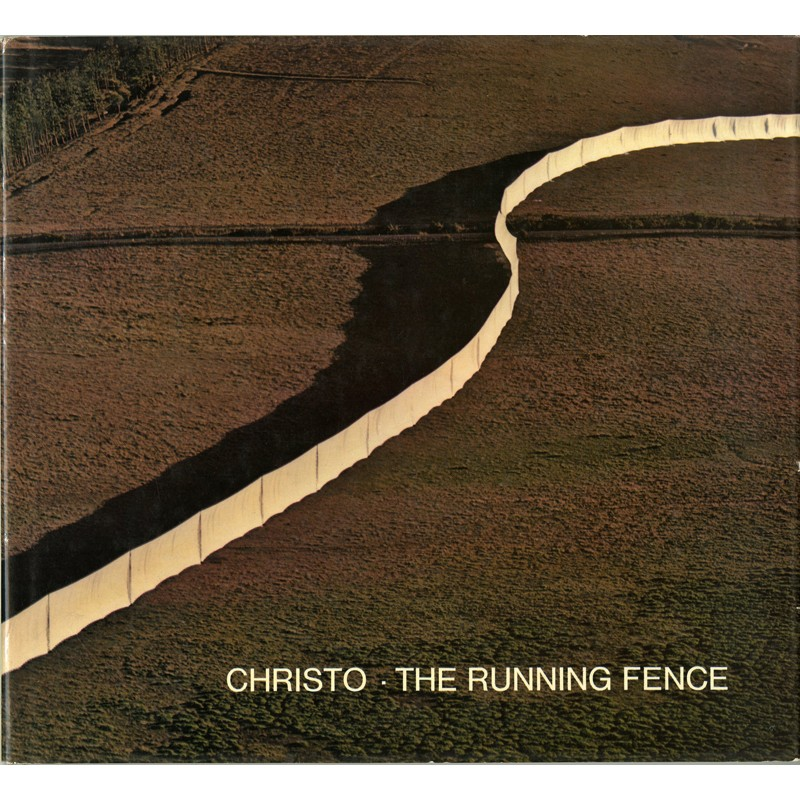 "Couverture de ""The Running Fence"" de Christo"