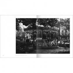 """double page noir et blanc du livre """"Paris"""" de Bernard Plossu, Marval, 2015"""