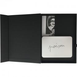 """Le coffret du traite de tête de Claude Lévêque, pour le livre """"Catalogue raisonné des cartons d'invitation"""""""