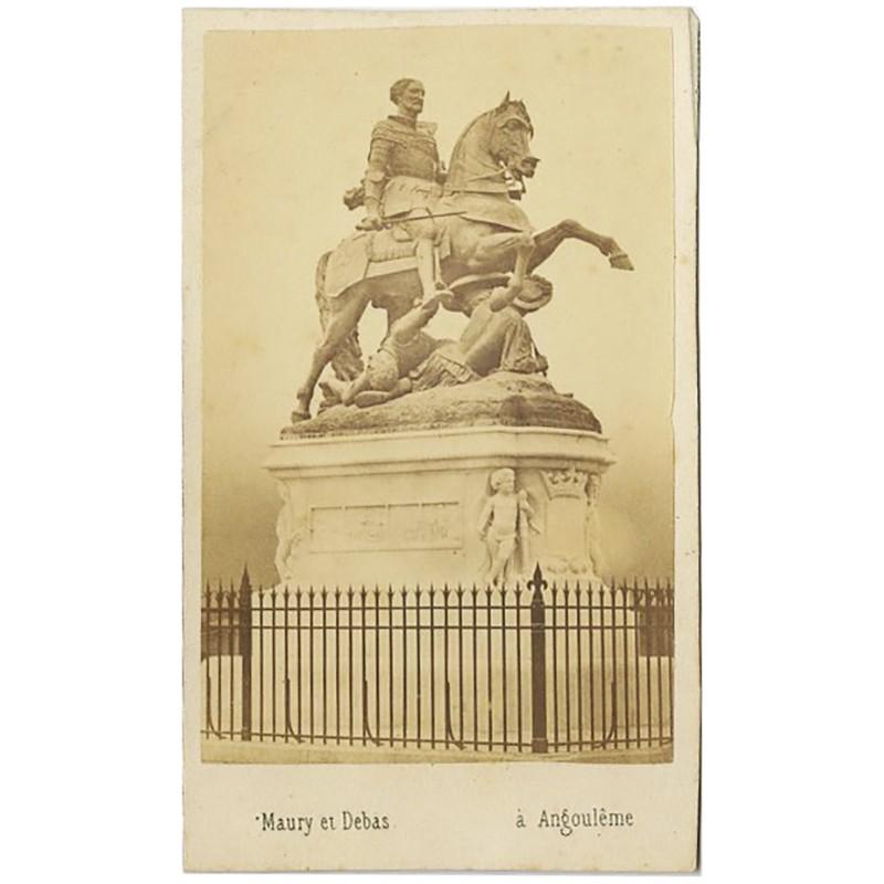 portrait-carte d'une statue équestre d'Angoulême par Maury et Debas