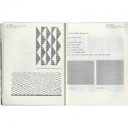 """exposition """"Information"""" au MOMA : pages du. catalogue consacrées à Carl Andre et Siah Armajani"""