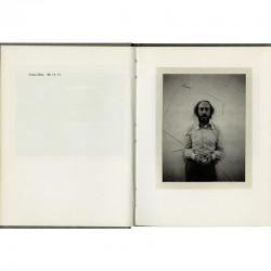 Richard Hamilton photographié au Polaroid par Yoko Ono