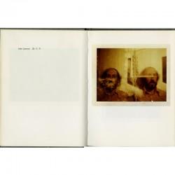 Richard Hamilton photographié au Polaroid par John Lennon